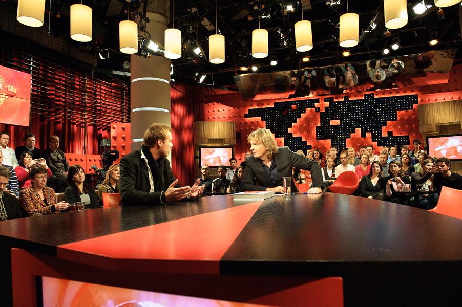 http://www.hansboddeke.nl/files/gimgs/4_hier-ben-ik-dan---dwdd.jpg